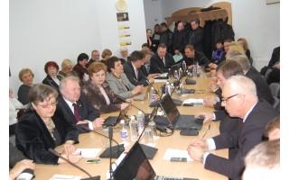 Paskutiniame Tarybos posėdyje – ataskaitų šūsnis ir palinkėjimai kitiems