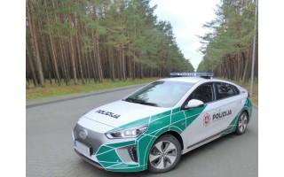 Mero Šarūno Vaitkaus iniciatyva stiprinamos policijos pajėgos Palangoje - policija iš automobilių per garsiakalbius įspės apie taisykles