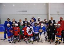 Svetlogorsko sporto komplekse su vaikų ledo ritulio komanda.