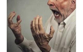 """Kaip pacientai dėl karantino tapo agresyviais - spardo duris, koneveikia registratūros darbuotojus ir gydytojus (VISĄ STRAIPSNĮ SKAITYKITE PENKTADIENĮ NAUJAME LAIKRAŠČIO """"PALANGOS TILTAS"""" NUMERYJE)"""