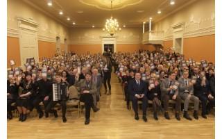 """Kurhauze į viršų pakilo 300 knygų """"Kurhauzo atgimimas – Palangos sėkmės istorija"""""""